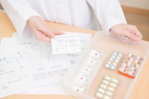 【介護職員の服薬介助】医療行為にならない一包化された薬だけ扱える話